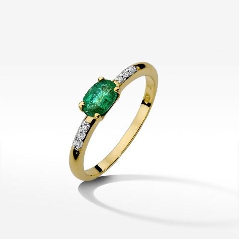 Zaręczynowy pierścionek z żółtego złota z szmaragdem