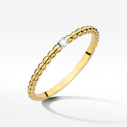 Pierścionek z brylantem z żółtego złota