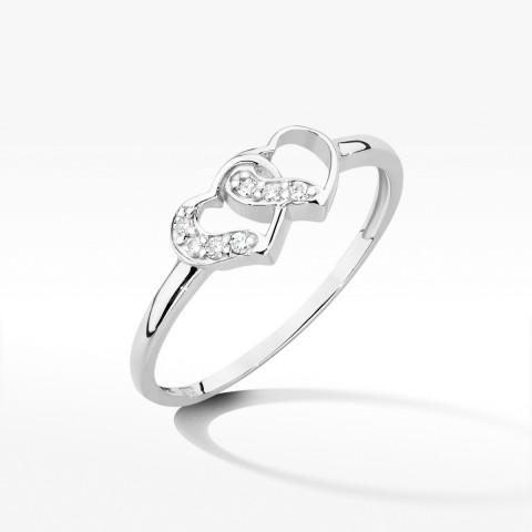 Pierścionek serca z białego złota z brylantami