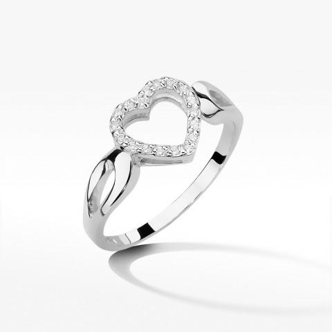 Pierścionek zaręczynowy serce