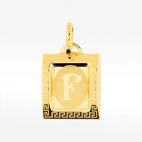 Złota literka F